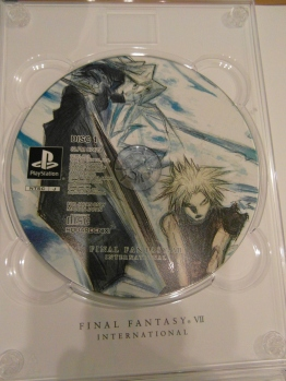 Close up of the FFVII disc art.