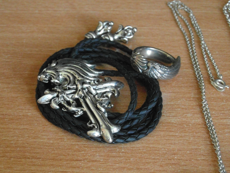 Squall's necklace and ring.