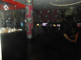 Sooo many TVs and games! KH paradise <3