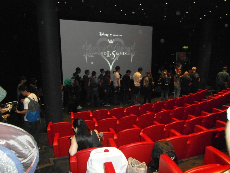 Another photo of the signings queue, this time from the back of the room.
